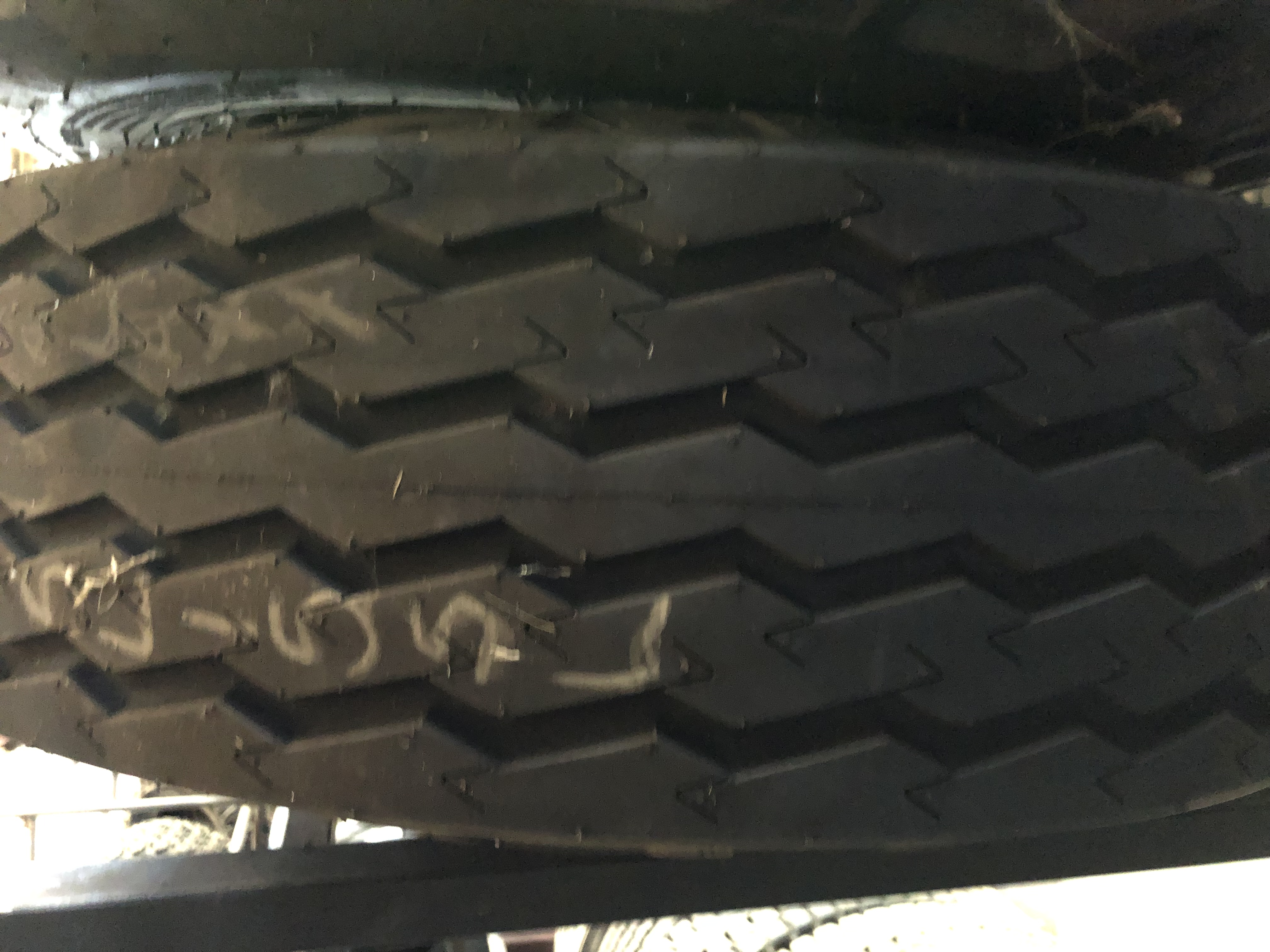 Galaxy 9.5L15SL NEW stubble proof implement tyre