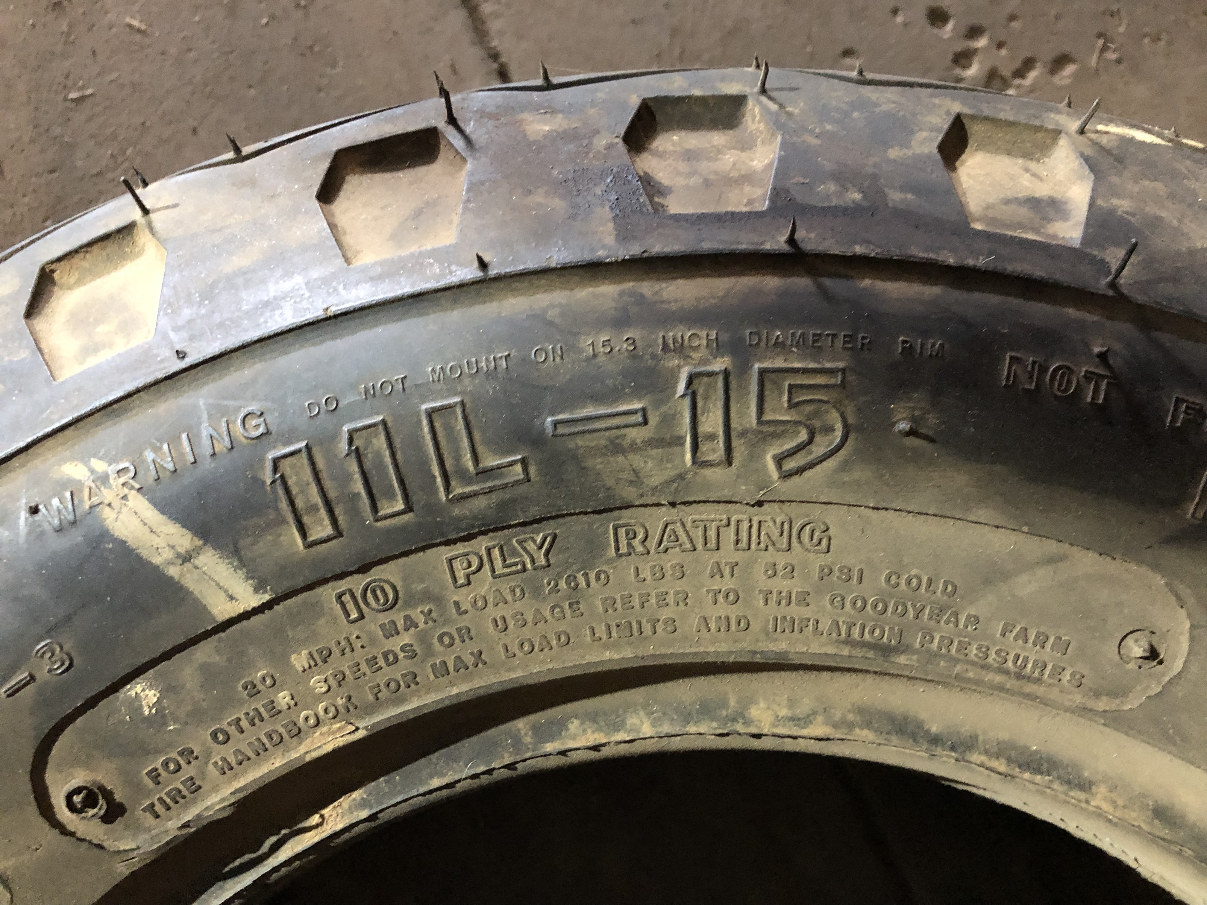11L15 Goodyear Laborer Implement Tyre