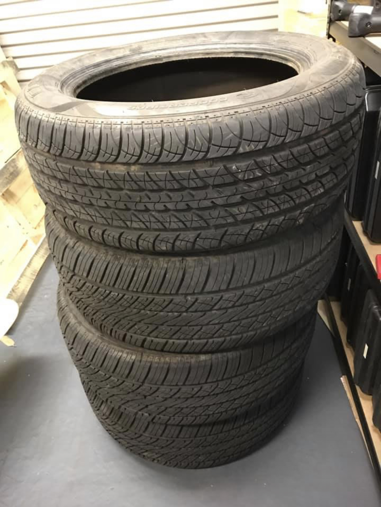 Cooper cs4 touring tyres 235/55r18, used for about 2500km