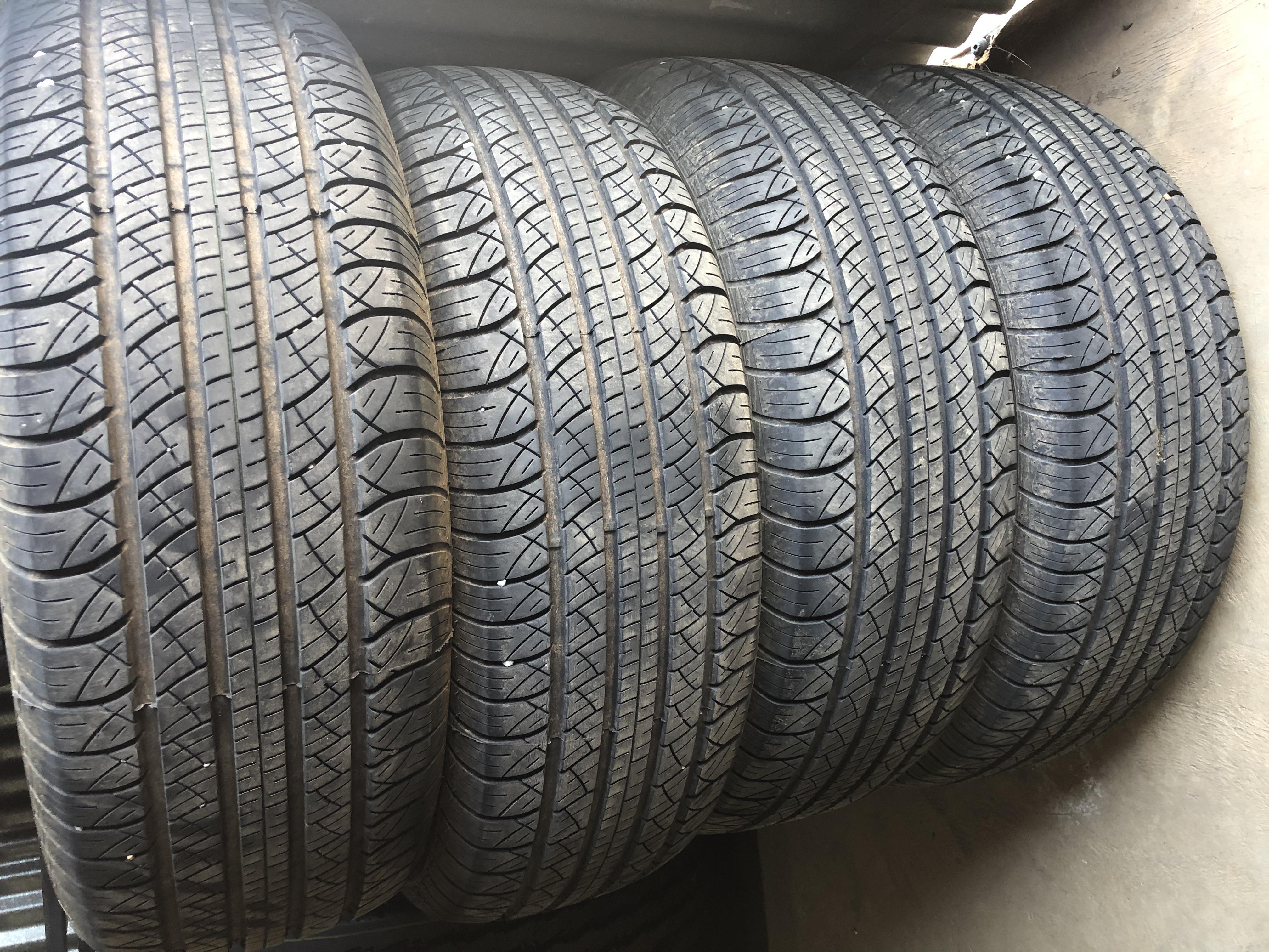 3 x 265/70R17 Lanvigator Performax tyres 80%