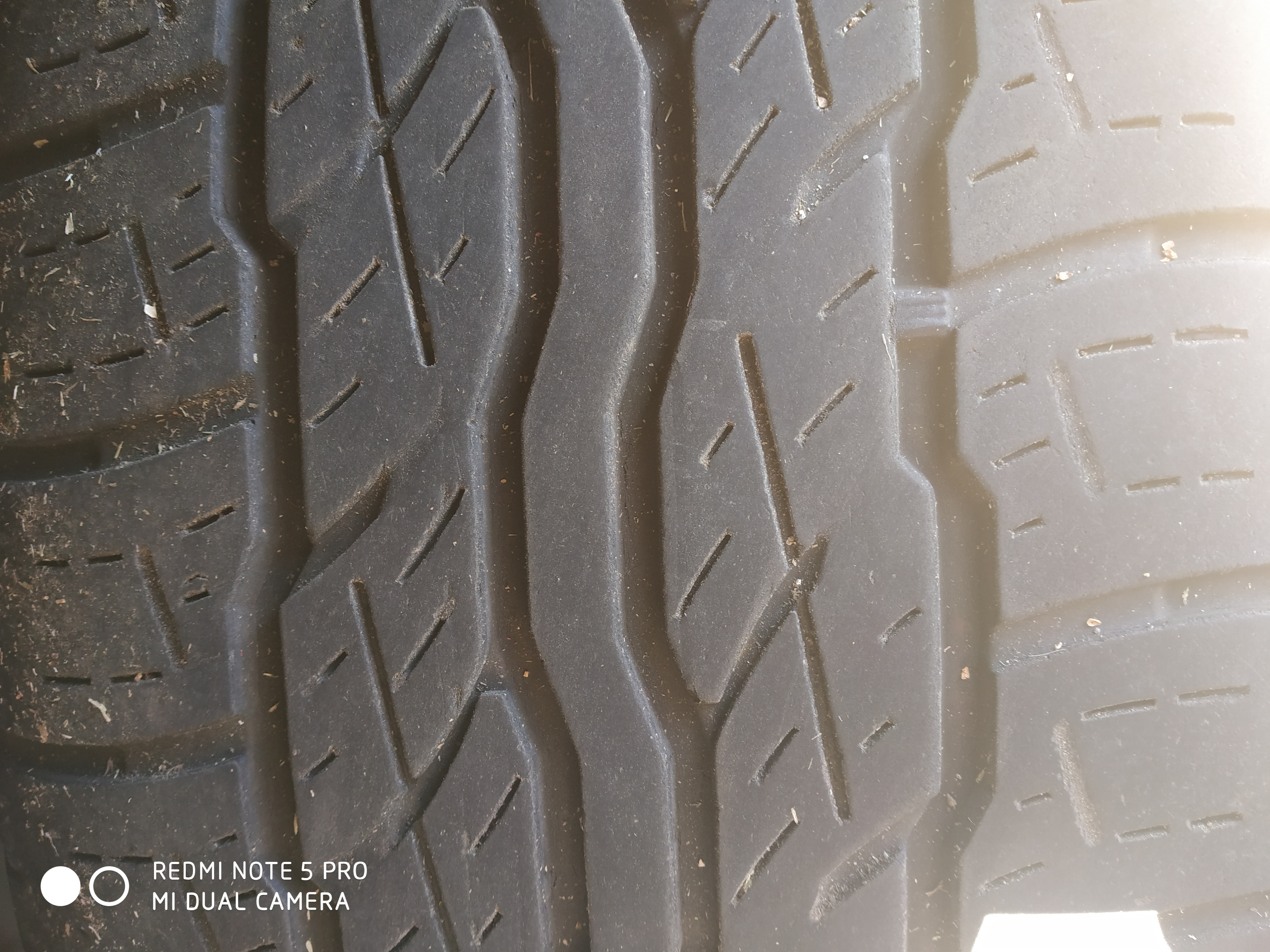 Toyota rims and tyres
