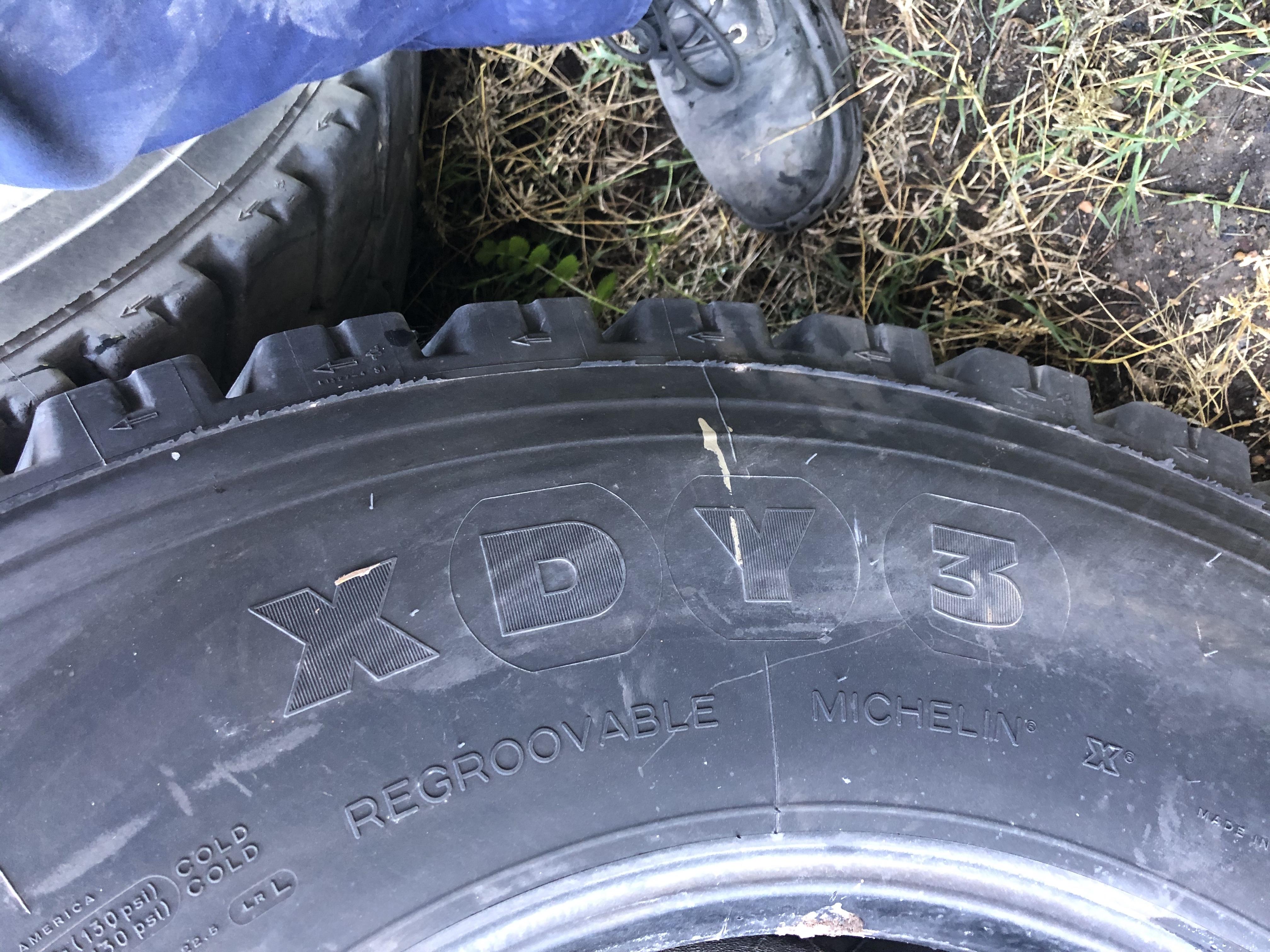 Michelin XDY3  315/80R22.5  50-60% Tread. $30